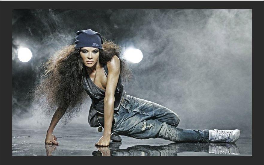 Ukraina: daininink? Ruslana pagrasino susideginti